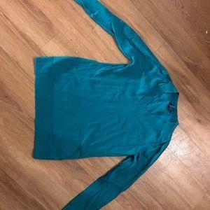 Teal V-neck Gap sweater XS